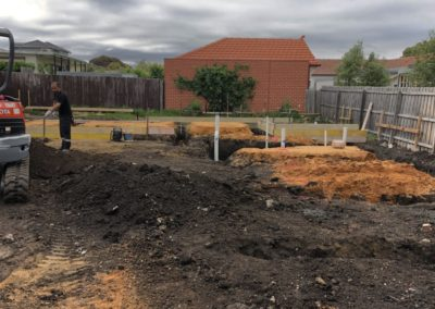 removing contaminated soil from land on Gallipoli Parade Pascoe Vale